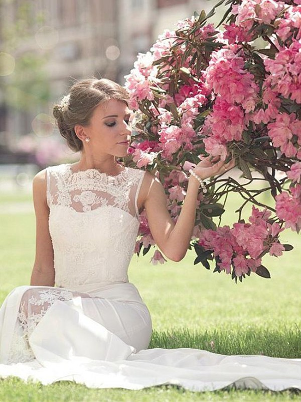 Too Much Fun Princess Style Bateau Sweep/Brush Train Lace Chiffon Wedding Dresses