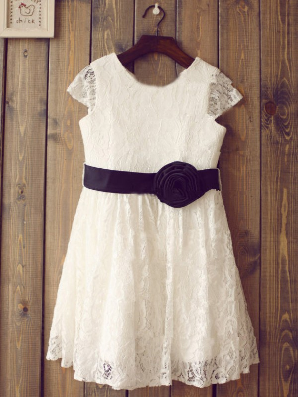 Cordially Delighted Princess Style Scoop  Hand-Made Flower Long Lace Flower Girl Dresses