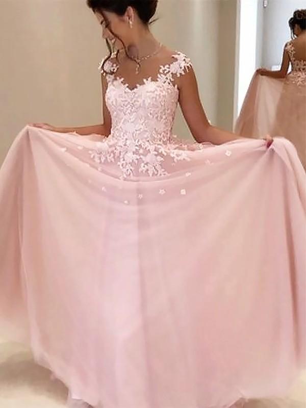Sweetheart Floor Length Applique Tulle Dress